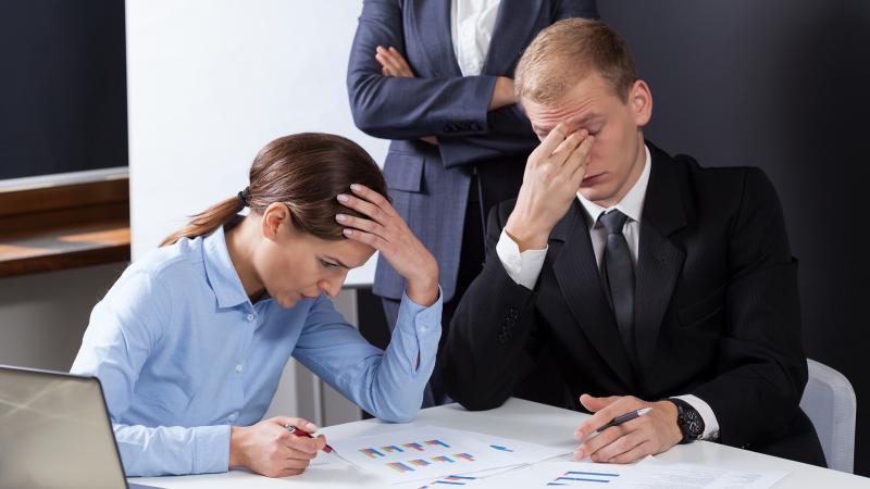 Kontorkrigere og ingeniører: Sid ordentligt og undgå rygproblemer